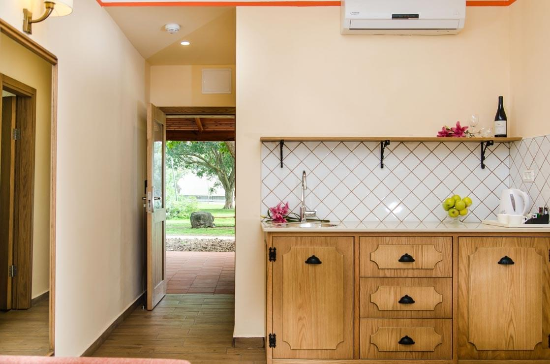 Superior Country Suite Kitchenette